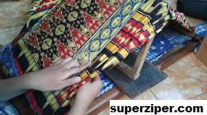 Kain Tapis Warisan Tekstil Tradisional Lampung